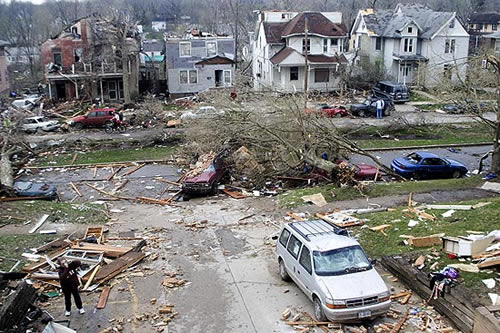 Some of the worst damage from the April 2006 tornado,  east of Governor Street on Iowa Avenue
